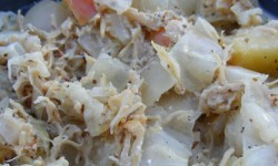 Recipe: Creamy Chicken with Cabbage and Apples