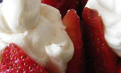 Recipe: Strawberry Cheesecake (without the cake!)